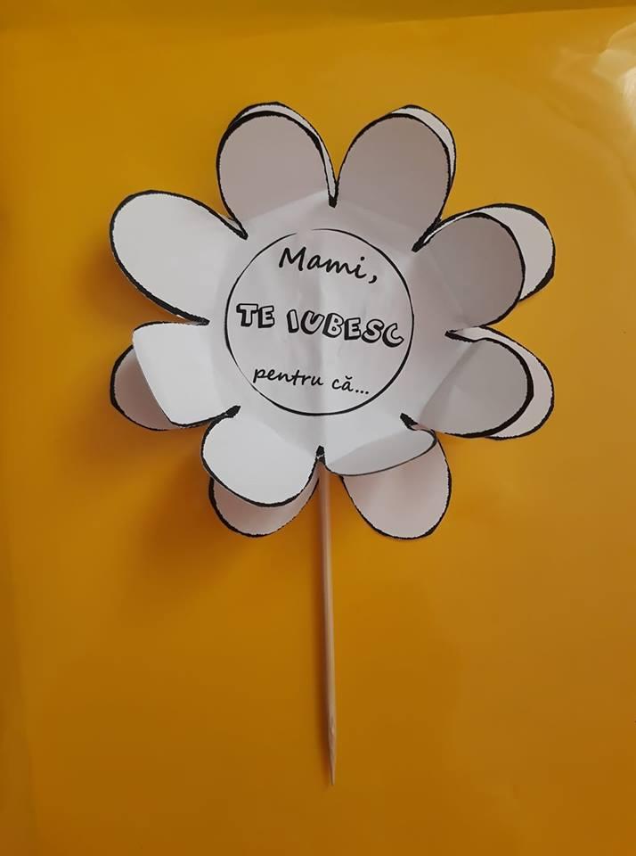 O floare pentru mama - obiect de decor